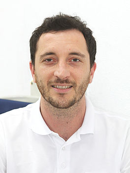 Herr Daniel Klement, Zahnarzt