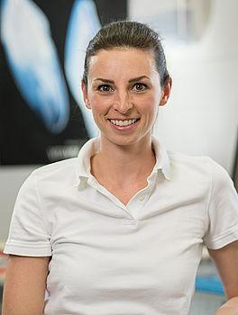 Frau Dr. Eva-Maria Drebinger, Zahnärztin